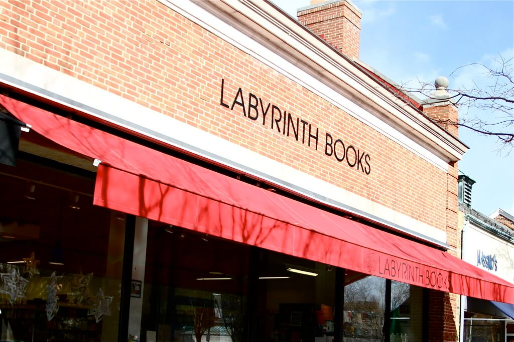 Labrynth-Books