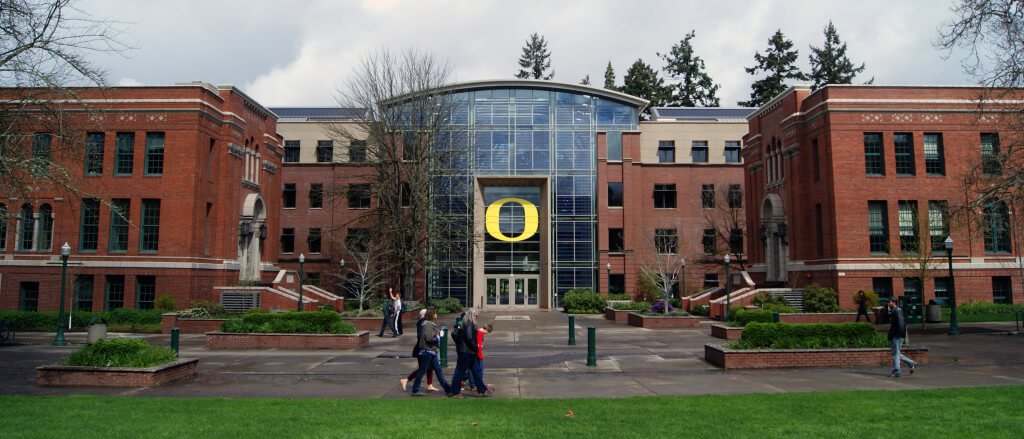 What colleges or Universities in Oregon Have a pharmacy program?