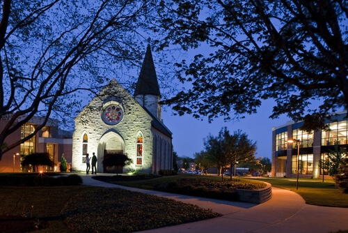 Indiana Wesleyan University - Online Colleges in Indiana