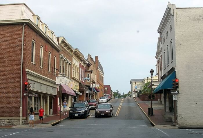 laxington-virginia-conservative-towns