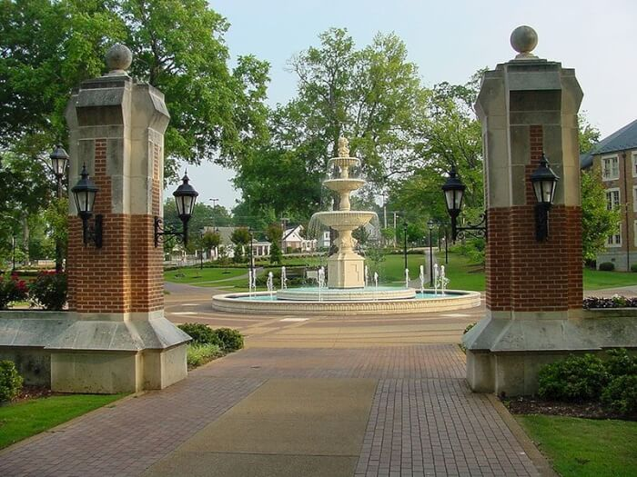 university-of-north-alabama-liberal-south