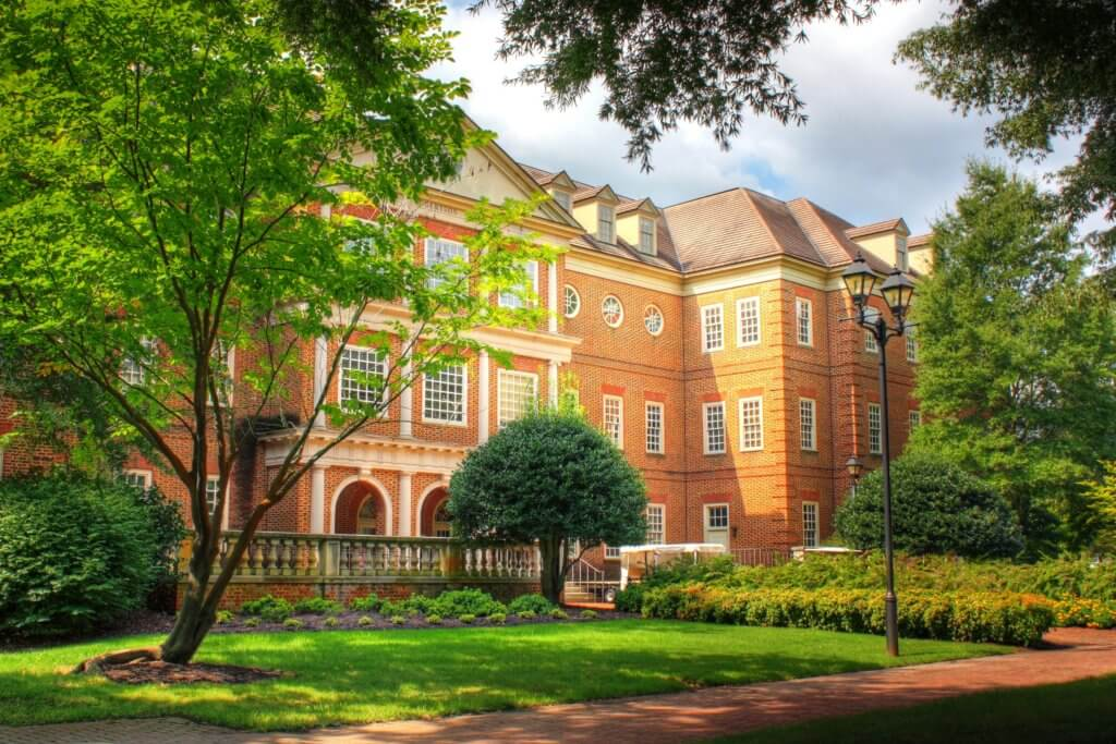 regent university best online business school accounting