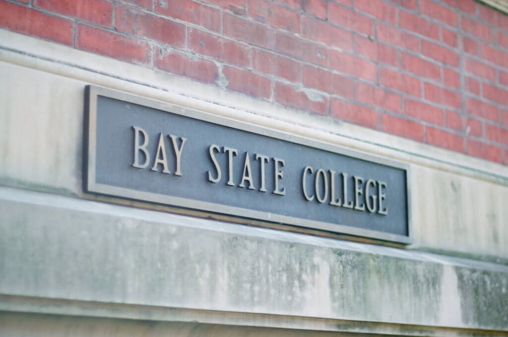 Bay state college online health care administration degree program rankings