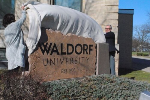 waldorf university top online colleges hr degree