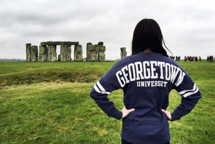 georgetown university how to afford study abroad