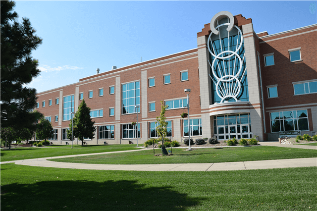 bismarck state college college rankings for high acceptance rates